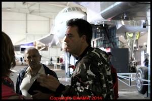 Nos bénévoles faisaient patienter les visiteurs dans la file d'attente aux Concorde.