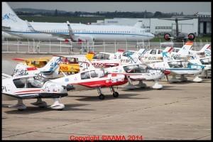 Sur le parking Tango. C'est plaisant de voir tous ces avions de tourisme ici.