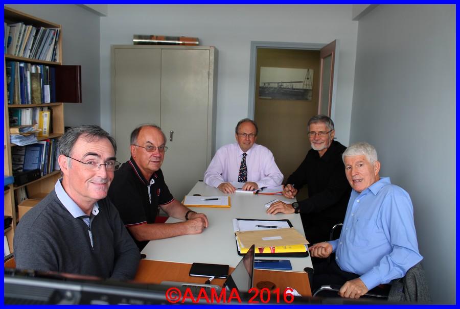 De gauche à droite : Alain Rolland secrétaire général, Pierre Gain, trésorier adjoint, François Chouleur président, Jacques Suspène secrétaire adjoint et Jean-Pierre Lopez vice-président
