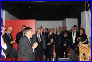 Notre président François Chouleur (en par-dessus vert) écoute attentivement Gilles Aubagnac